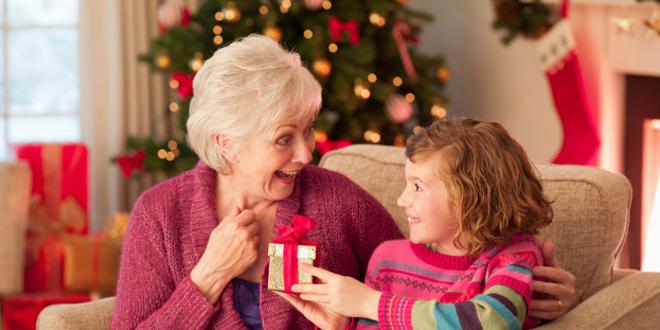 Regali di Natale: 5 idee per la nonna - Don Saro